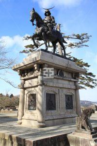 伊達正宗 銅像 写真