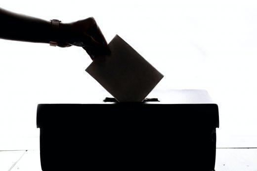 投票に行こう!
